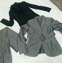 Костюм і блуза