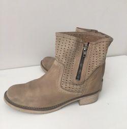 Μπότες νάτ δέρμα