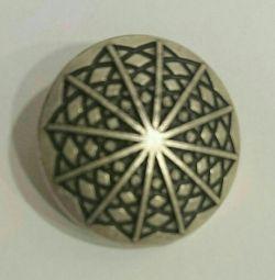 Κουμπιά από μέταλλο