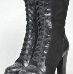 Ανδρικές μπότες για γυναίκες. Δέρμα / γούνα.