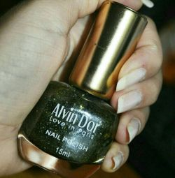Лак для нігтів Alvin D'or