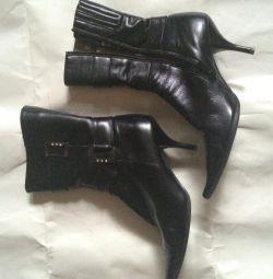 Δερμάτινες μπότες Bolyssi