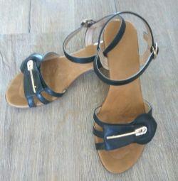 Kız sandalet 36r