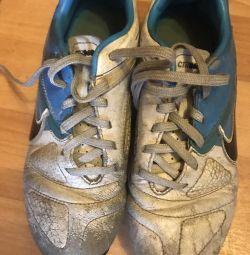 Football boots 35,5 Nike