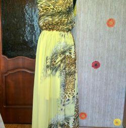 Φόρεμα το καλοκαίρι είναι νέο