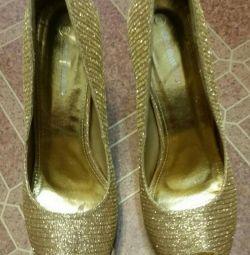 Yeni ayakkabı, 40-41size