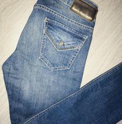 New Calvin Klein Jeans