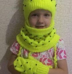 I will knit custom winter kits.
