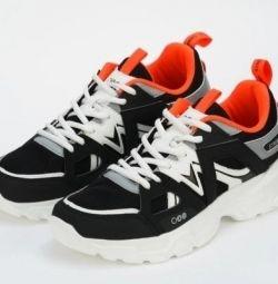 Мужские кроссовки Strobbs