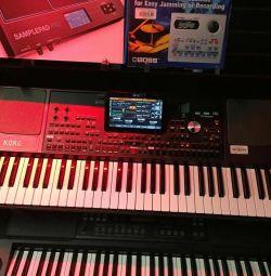 Клавіатура Korg PA 1000