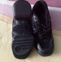 💃ПРОФЕССИОнальная обувь для занятий танцами р 35