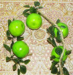 Яблоки зеленые искусственные