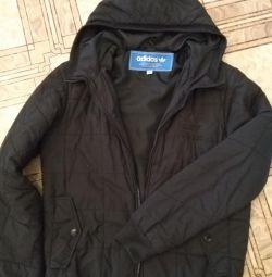 Легкая но теплая куртка