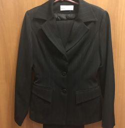 Three piece suit: pencil skirt, pants, jacket XS-S