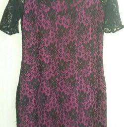 Продам платье 48 размера