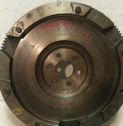Маховик для Chevrolet Lacetti 2009р 1.4-1.6