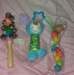 Новий набір дерев'яних іграшок
