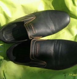 38 size shoes