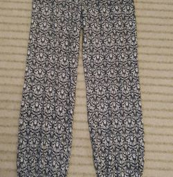 Knitted summer trousers