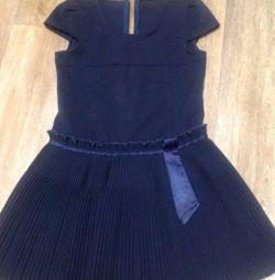 Σχολική φούστα και sarafan για κορίτσια 7-9 ετών.