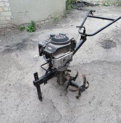 Motor-cultivator