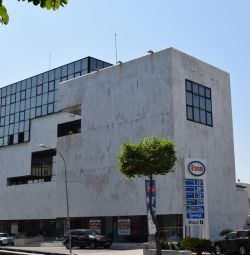 Clădirea comercială din Nicosia