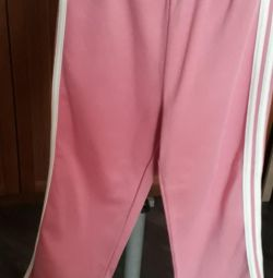 Sports pants with stripes
