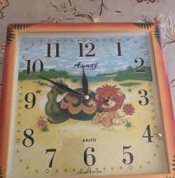 Children's wall clock