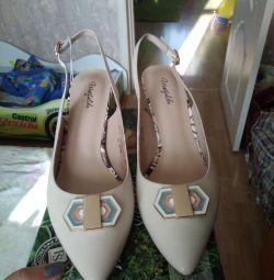 Sandalet 38 yeni deri