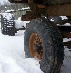 Колеса зил131 газ66 тракторной телеги