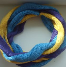 Оригінальний, яскравий і красивий шарфик косичка хм