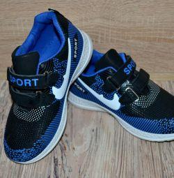 Sneakers.new 20.5cm