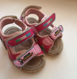 Open sandals
