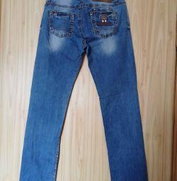 Jeans b. W. 28 size.