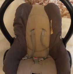 Καθίσματα αυτοκινήτου από 0 έως 13 κιλά