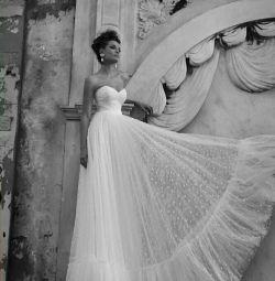 Свадебное платье в стиле бохо Inbal Dror
