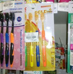 Ιαπωνικές οδοντόβουρτσες για ενήλικες cf. Ακατάλληλα