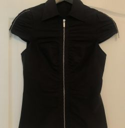 Το νέο πουκάμισο της Karen Millen
