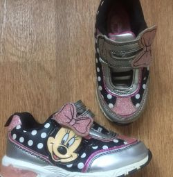Ανδρικά πάνινα παπούτσια Minnie