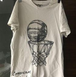T-shirt bărbatului converse