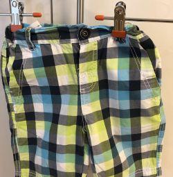 Pantaloni scurți pentru băiat aproximativ 104
