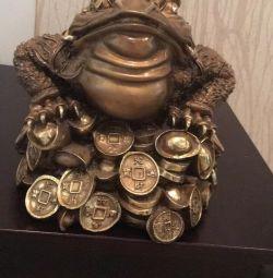 Frog money