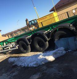 Platformă pentru remorci, pentru transportul mărfurilor grele