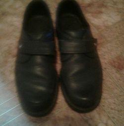 Παπούτσια από γνήσιο δέρμα