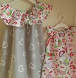 Kız kardeşler için elbiseler bir dizi