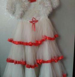 Φανταχτερά φορέματα για το νέο έτος !!
