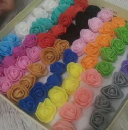 Trandafiri din foamiran.22 culori disponibile.