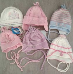 hats for girls r.38-40 autumn
