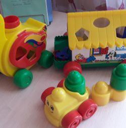 Multe jucării