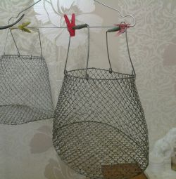 Алюминевая сетка для преноса и хранения рыбы.